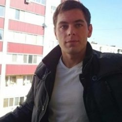 Парень из Новосибирска. Ищу девушку для встреч, одну и надолго