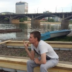 Парень из Новосибирска. Ищу подругу для встреч и секса без обязательсв