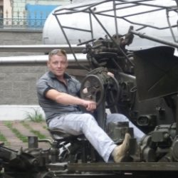 Я молодой, симпатичный парень из Новосибирска. Ищу девушку для приятного дружеского секса