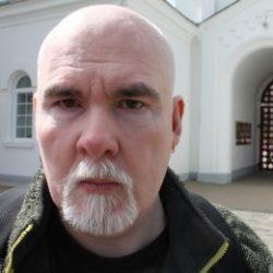 Парень с большим членом хочет секса с девушкой в Новосибирске