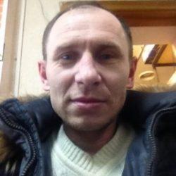 Парень из Новосибирска разыскивает стройную девушку